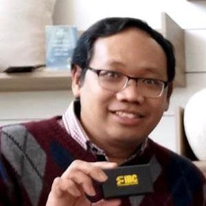 Dr. Salut Muhidin